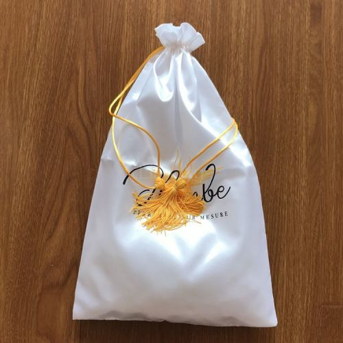 Hot Sale Custom Luxury Silk Satin Drawstring Jewelry Pouch with Tassel